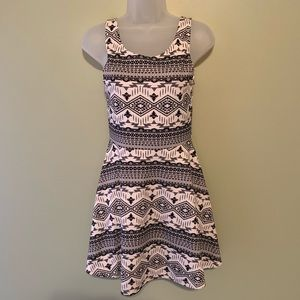 H&M Divided Geometric Dress, Size 6